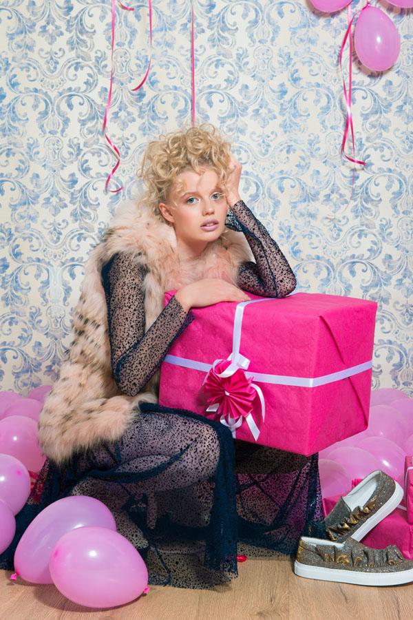 Switch Magazine Psycho Pink X-Mas Mirko Burin Stylist (3)